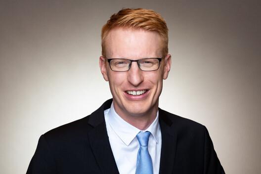 Dr. Sebastian Nellesen