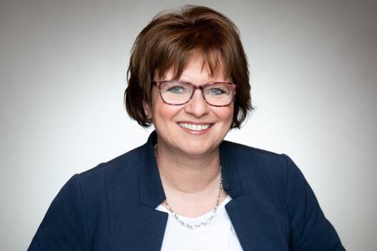 Dorothee Pullem