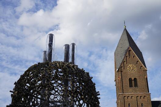 sinnersdorf-brunnen-und-kirche